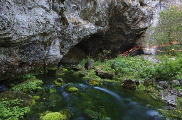 """Kapova Cave"""