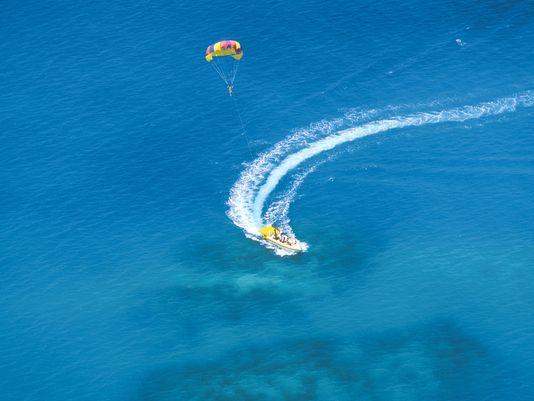 ''Parasailing in Bermuda''