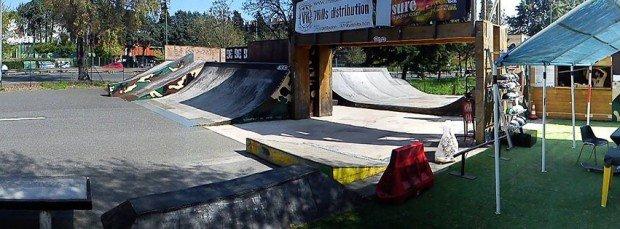 ''Skate Boarding in Bunker Skatepark''