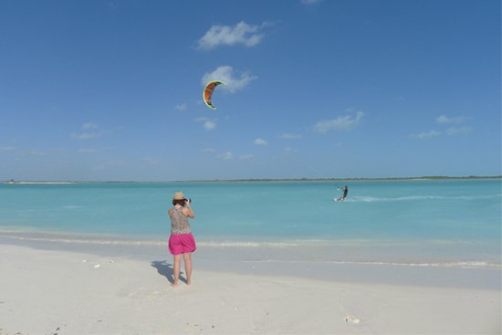 ''kiteboarding at Leeward''