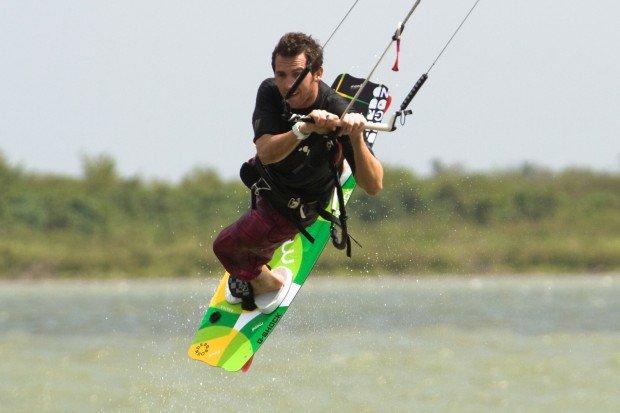 ''kitesurfing at Cuba''