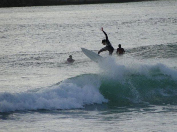 """""""Surfer in Molhe Leste"""""""