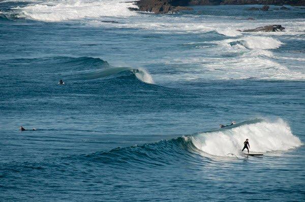 """Surfers in Pedra Branca"""
