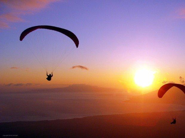 """paragliding"""