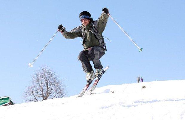 """Alpine Skiing in Gulmarg"""