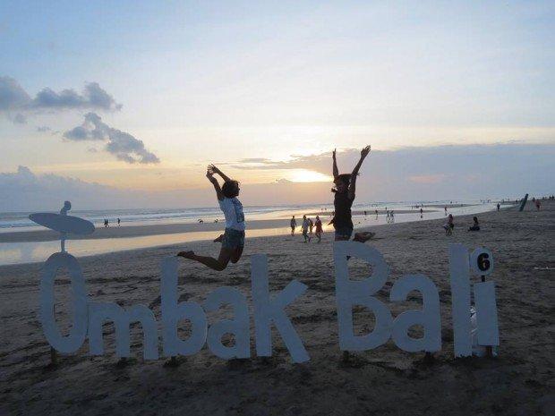 """Omak Bali Surf Film Festival"""