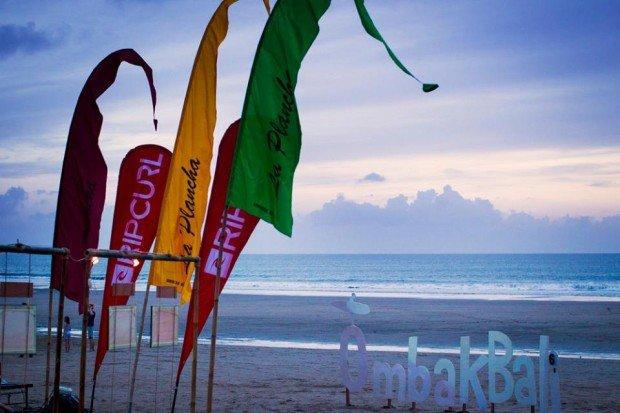 Omak Bali Surf Film Festival