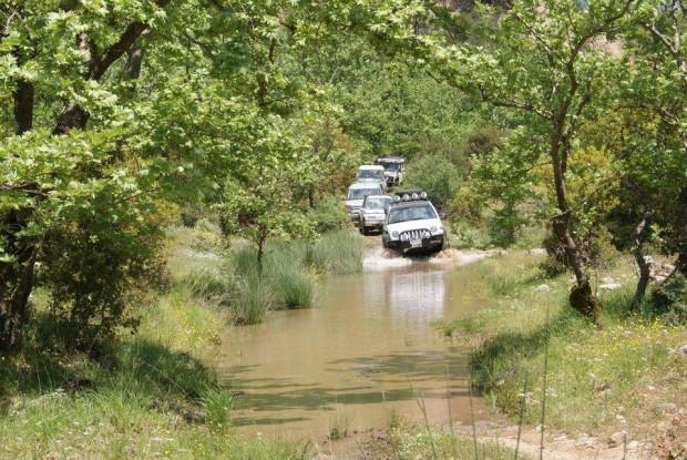 ''Four wheel drive through Peloponnese''