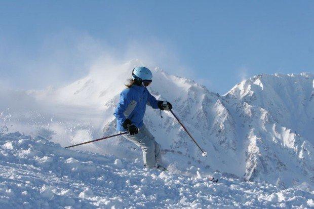 """Alpine Skiing in Hakuba Goryu Ski Resort"""
