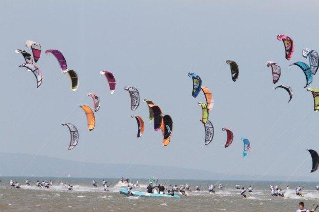 Kitesurfing in La Franqui