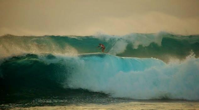 Waves..of my life.. each of them Unique (Nikos Kaklamanakis )