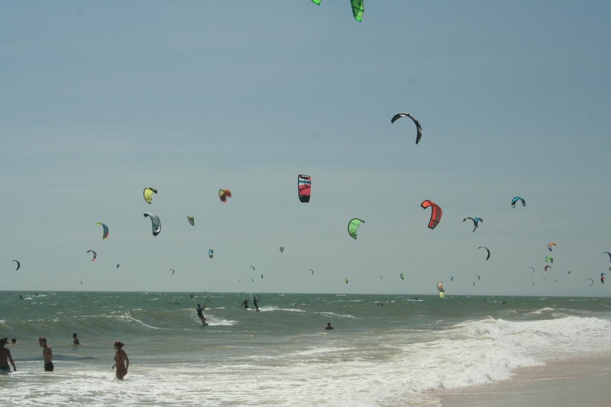 """Kitesurfing with Kitesurf Vietnam"""