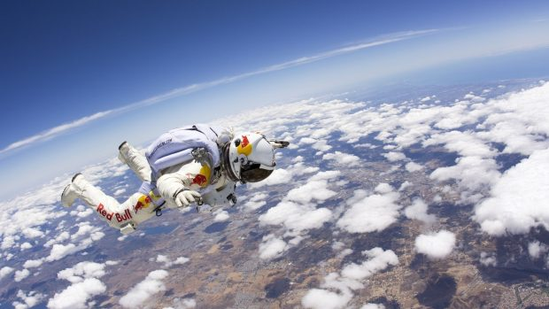 TOP EXTREME ATHLETES: SKY 2
